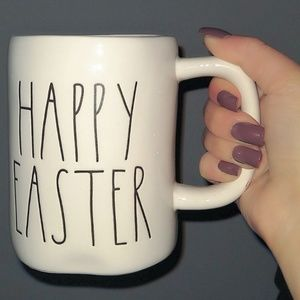 NWT RAE DUNN HAPPY EASTER MUG